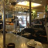 Foto tomada en Café Oliver por Pascal B. el 3/12/2013