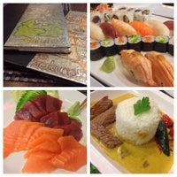 Photo taken at Restaurante Japonés Zakuro by Ruben A. on 11/2/2013