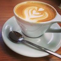 Photo prise au Ogawa Coffee Boston par Eric B. le8/28/2015