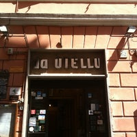 Photo taken at Da Otello in Trastevere by Maria Maximina C. on 4/14/2014