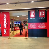 Photo taken at 1D World by Simone B. on 10/13/2013