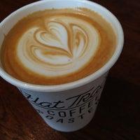 Das Foto wurde bei Flat Track Coffee von Raif R. am 9/2/2013 aufgenommen