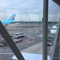Photo taken at Gate 9 - GMP Domestic by Daewook Ban on 7/4/2016