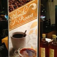 Das Foto wurde bei Starbucks von The Tiny TieRant am 2/13/2013 aufgenommen