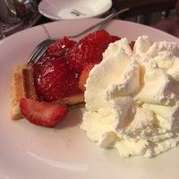 Photo taken at Cafe Klinge by Vera B. on 8/26/2017