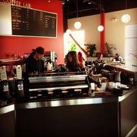 Photo taken at SteamDot Espresso & Coffee Lab by Gary M. on 6/22/2013