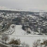 Photo taken at Karabük Üniversitesi, Safranbolu Turizm Fakültesi by Özlem S. on 12/3/2015