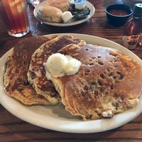 Photo taken at Cracker Barrel Old Country Store by Skip O. on 3/29/2017