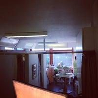 Photo taken at Kauneushoitola Beauty Bar by Olli K. on 9/15/2012