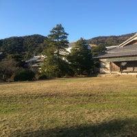 Photo taken at 毛利氏庭園 by hi i. on 12/30/2015