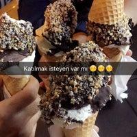 5/15/2016 tarihinde Ömer B.ziyaretçi tarafından Seheryeli Dondurma & Sahlep'de çekilen fotoğraf