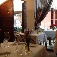 Foto tirada no(a) Osteria del Pettirosso por Silvana S. em 11/24/2012