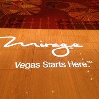 Снимок сделан в The Mirage Convention Center пользователем Ramir A. 11/13/2012