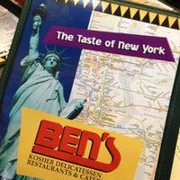 Photo taken at Ben's Kosher Delicatessen by Robin M. on 10/13/2012