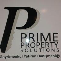 Photo taken at nef 11 Satış Ve Kiralama Ofisi by Tolga K. on 10/28/2014