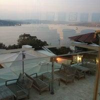 10/4/2012 tarihinde İsmetziyaretçi tarafından Cafe Crown Cubuklu'de çekilen fotoğraf