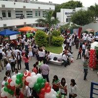 Photo taken at Universidad Nuevo Santander by Flavio H. on 9/13/2013