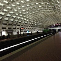 Photo taken at Gallery Place - Chinatown Metro Station by Daniel B. on 10/14/2012