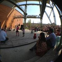 4/20/2013 tarihinde Tibor L.ziyaretçi tarafından Millenáris park'de çekilen fotoğraf