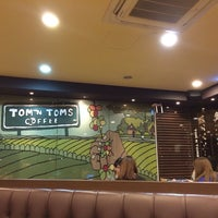 Photo taken at TOM N TOMS COFFEE by Seong hwan Y. on 2/26/2014