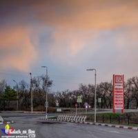 3/18/2016 tarihinde Калач-на-Дону Г.ziyaretçi tarafından Лукойл АЗС №68'de çekilen fotoğraf