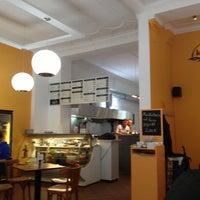 Das Foto wurde bei Karun Bistro - Persisch Arabische Küche von Kai W. am 11/24/2012 aufgenommen