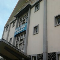 Photo taken at SMAN 1 Singaraja by Parie P. on 9/25/2012
