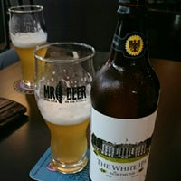 Photo taken at MR BEER by Paulo C. on 7/11/2015