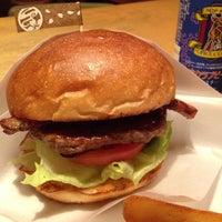 Photo taken at Sakura Burger by mar on 9/28/2015