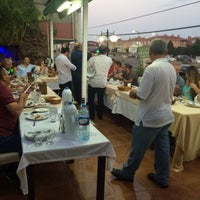 Photo taken at GÜZELLER ET LOKANTASI by Savaş G. on 8/1/2015