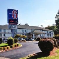 Photo taken at Motel 6 by Motel 6 on 10/31/2014
