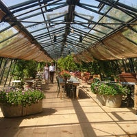 7/3/2018にruX .がPetersham Nurseries Cafeで撮った写真