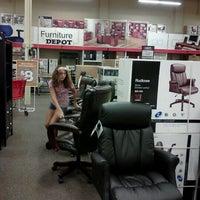 Photo taken at Office Depot - CLOSED by Jenn on 8/12/2012