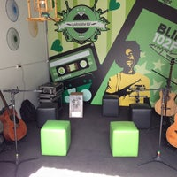 Photo taken at Rádio Blink 102 by Bulga !. on 12/11/2013