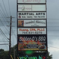 Photo taken at Bobbee O's Barbeque by Aaron M. on 7/18/2014