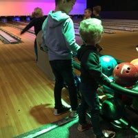 Photo taken at Bowling Stones by DL N. on 12/16/2017