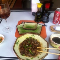 รูปภาพถ่ายที่ Shinkai Sushi โดย Tiago S. เมื่อ 3/10/2013