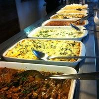 Photo taken at 101 Restaurante e Lounge by Pedro M. on 5/4/2013