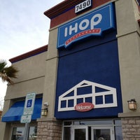 Photo taken at IHOP by Nobutaka W. on 3/27/2013