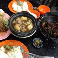 2/10/2015に$h@w|n 🎸がDa De Bah Kut Teh 大德古早味肉骨茶で撮った写真