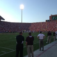 Photo taken at Gaylord Family Oklahoma Memorial Stadium by Aaron V. on 8/31/2013