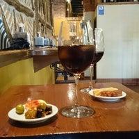 Photo taken at Restaurante Nuevo Racimo De Oro by Fausto G. on 2/28/2014