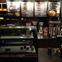 Photo taken at Starbucks by Kyungdahm Y. on 9/18/2014