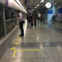Photo taken at MRT Si Lom (SIL) by likeweed on 3/15/2013