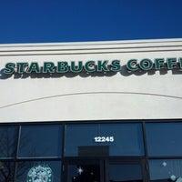 Photo taken at Starbucks by Houcine E. on 11/16/2012