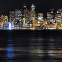 Photo prise au Alki Beach Path par Sa'ad A. le10/12/2013