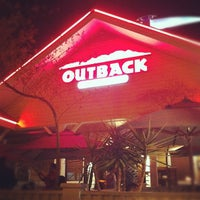 Photo taken at Outback Steakhouse by Felipe G. on 9/17/2012