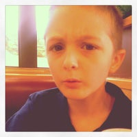 Photo taken at Wendy's by Kevin R K. on 10/27/2013