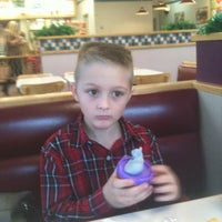 Photo taken at Wendy's by Kevin R K. on 10/21/2012