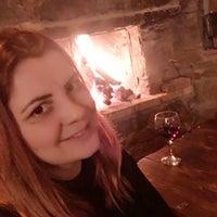 1/13/2018 tarihinde Miranda M.ziyaretçi tarafından Yorgonun Mahzeni Şarap Evi'de çekilen fotoğraf